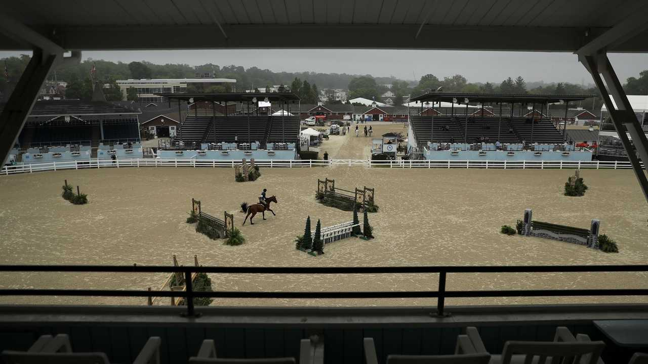 AP PHOTOS: Fascinating! Fancy hats take stage at horse show - AP News - Breaking...