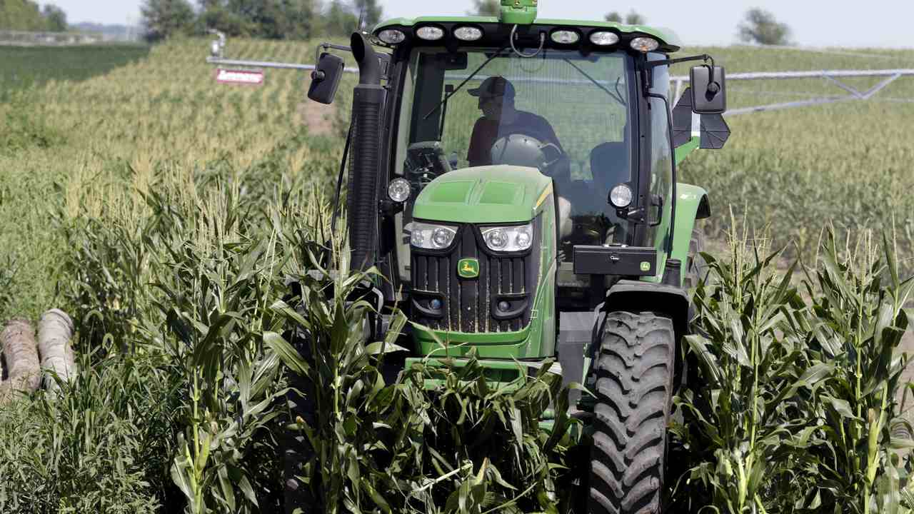 How Border Patrol Agents Came to Farmers' Rescue