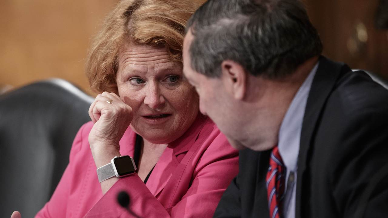 Heidi Heitkamp to vote no on Brett Kavanaugh pics