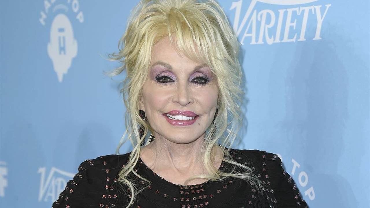 Dolly Parton Put Her Money Where Her Mouth Is to Help with the Coronavirus