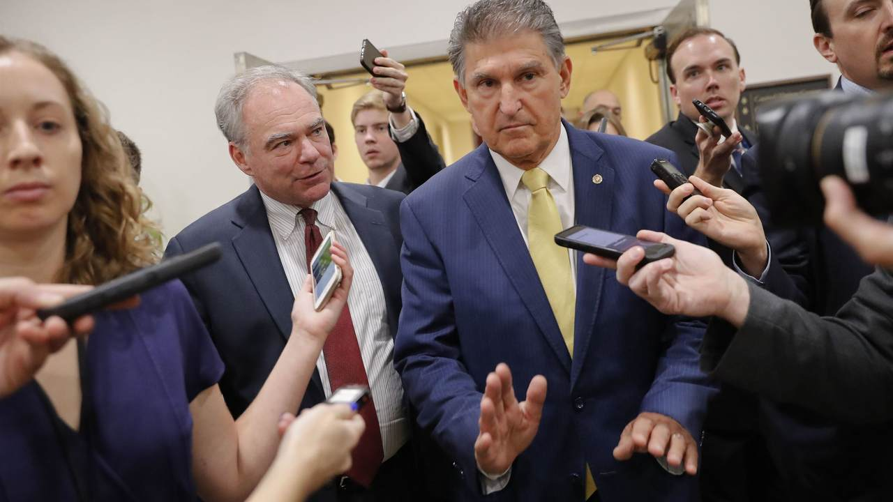079f7b6c Manchin Introduces Bill to Punish Men's World Cup Until Equal Pay Is ...