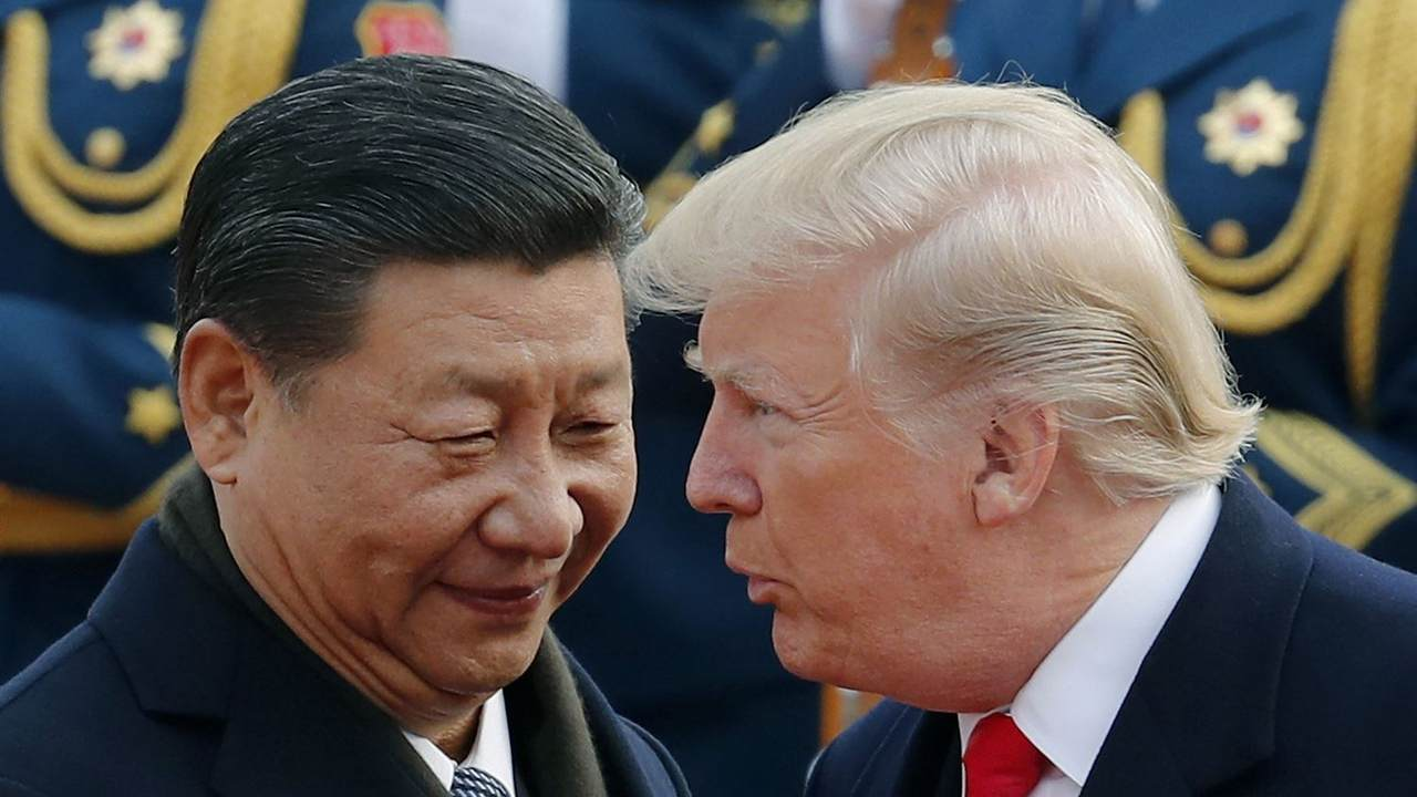 Trump Sets Deadline for Financial Regulators to Crack Down on Chinese Companies