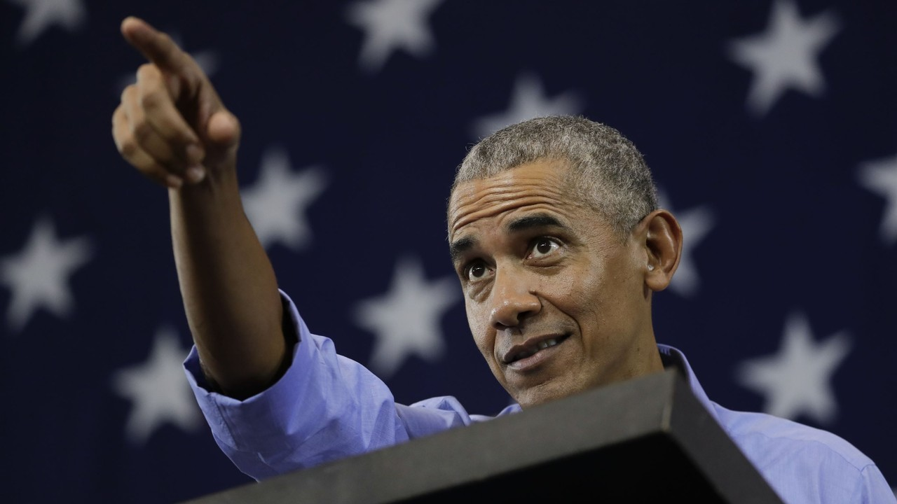 Oh Noes! Obama Signed Stuff for Troops, Too