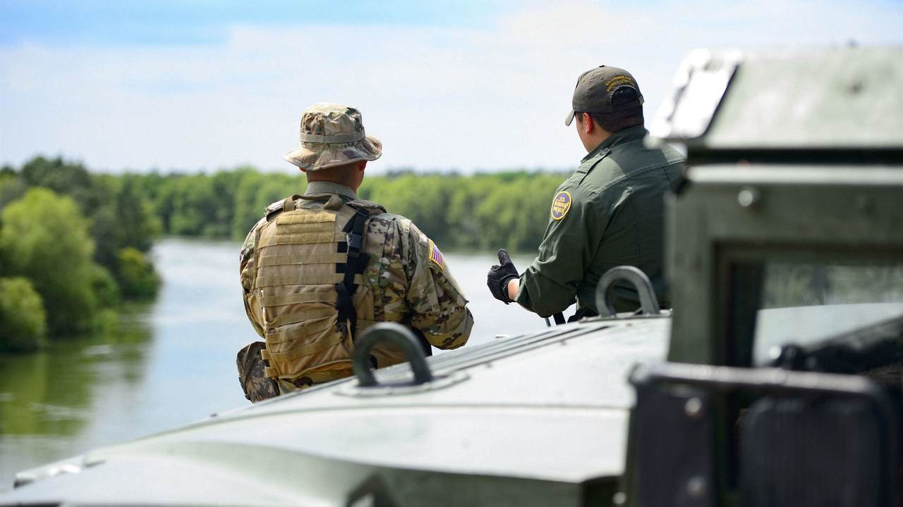 Border Patrol Agents Act Swiftly to Save an Unresponsive Illegal Alien
