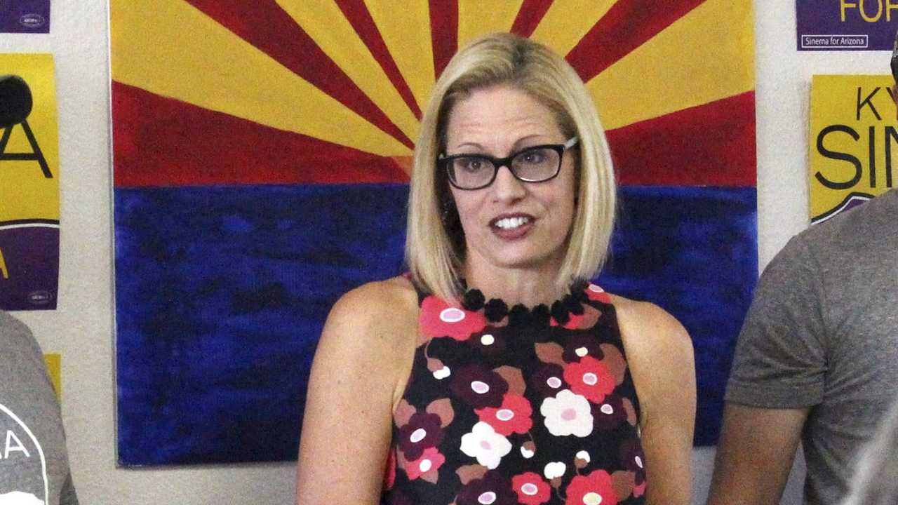 Republicans (and Sen. Sinema) Sign Letter Insisting They Stop Getting Paid Until They Pass a Budget
