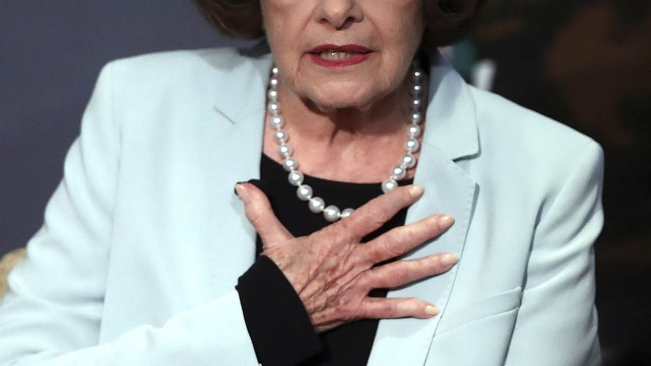 Dianne Feinstein: Time For A Magazine Ban