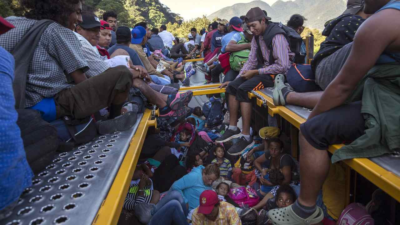 Judge Grants Asylum Seekers Access to Attorneys