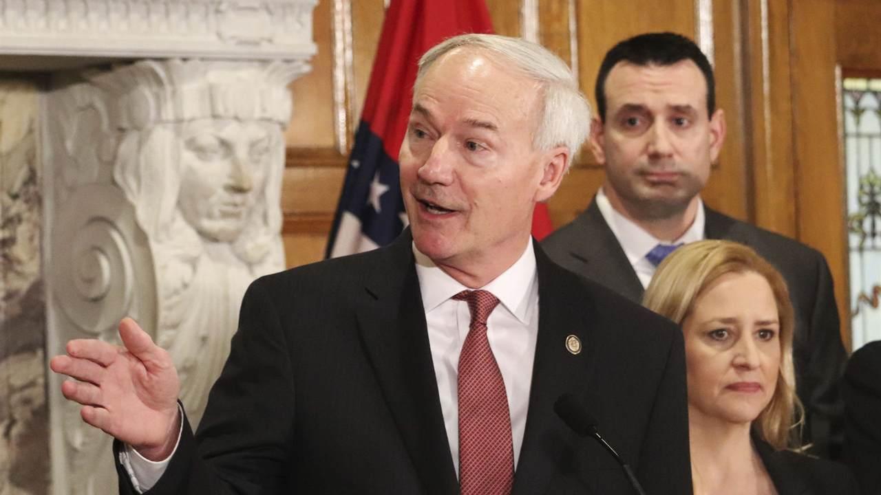 Arkansas GOP Governor Warns of Vaccine Mandates, Says They are Increasing Vaccine Hesitancy