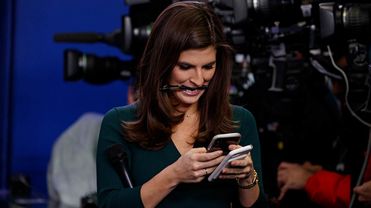 Here's What a CNN WH Reporter Did With Her Mask When She Thought the Cameras Stopped Rolling