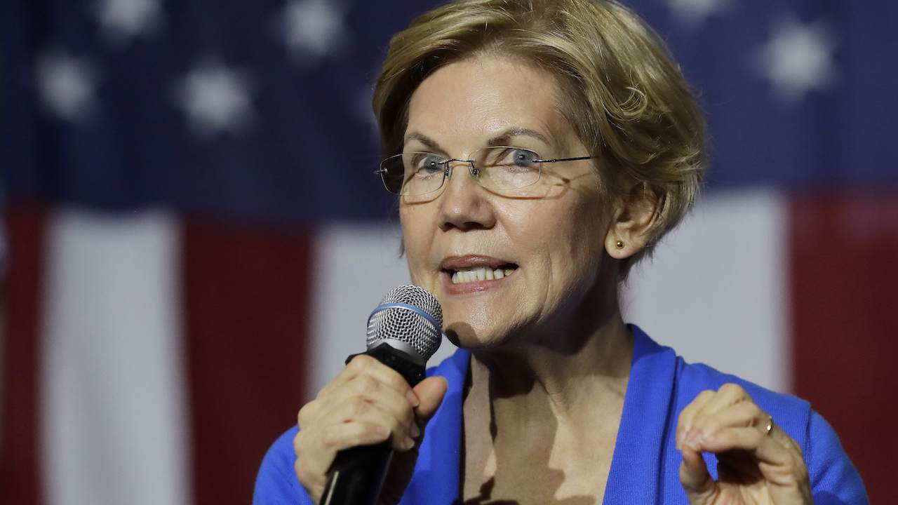 Warren Attempts to Connect Harris and Gillibrand's Campaign Flops