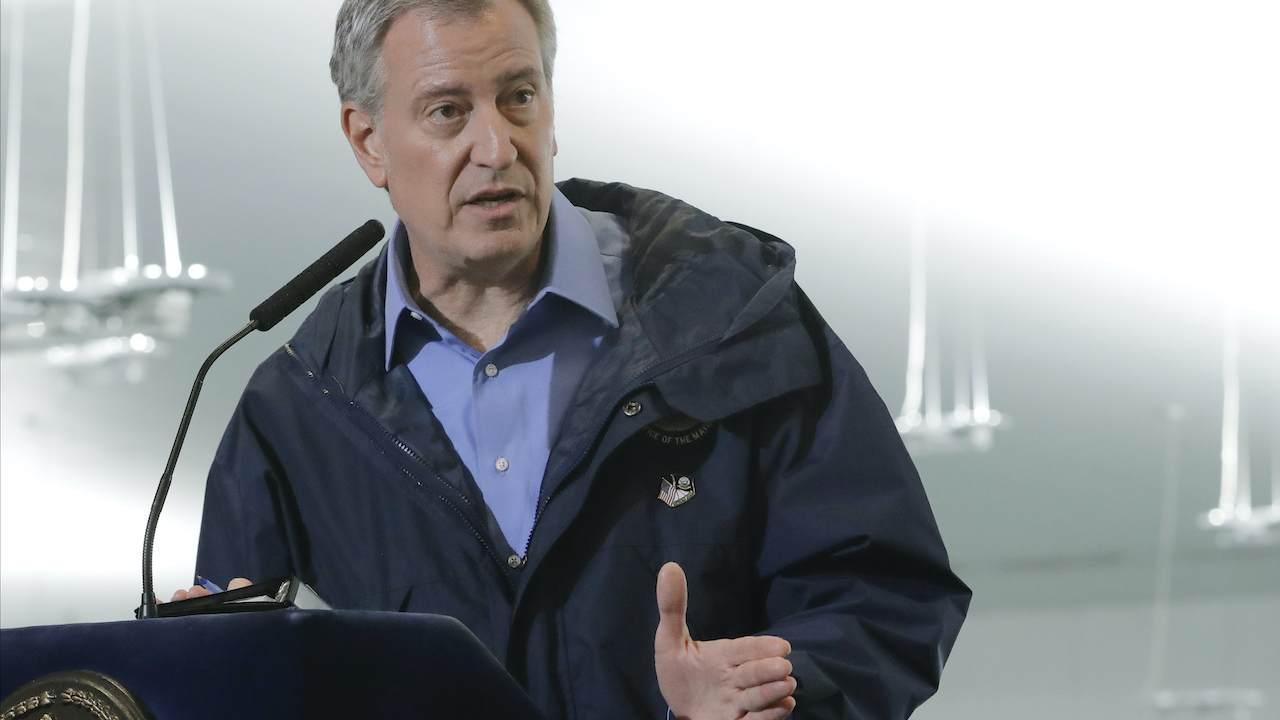 NYC Mayor Bill de Blasio Encourages Residents to Tattle on Their Neighbors