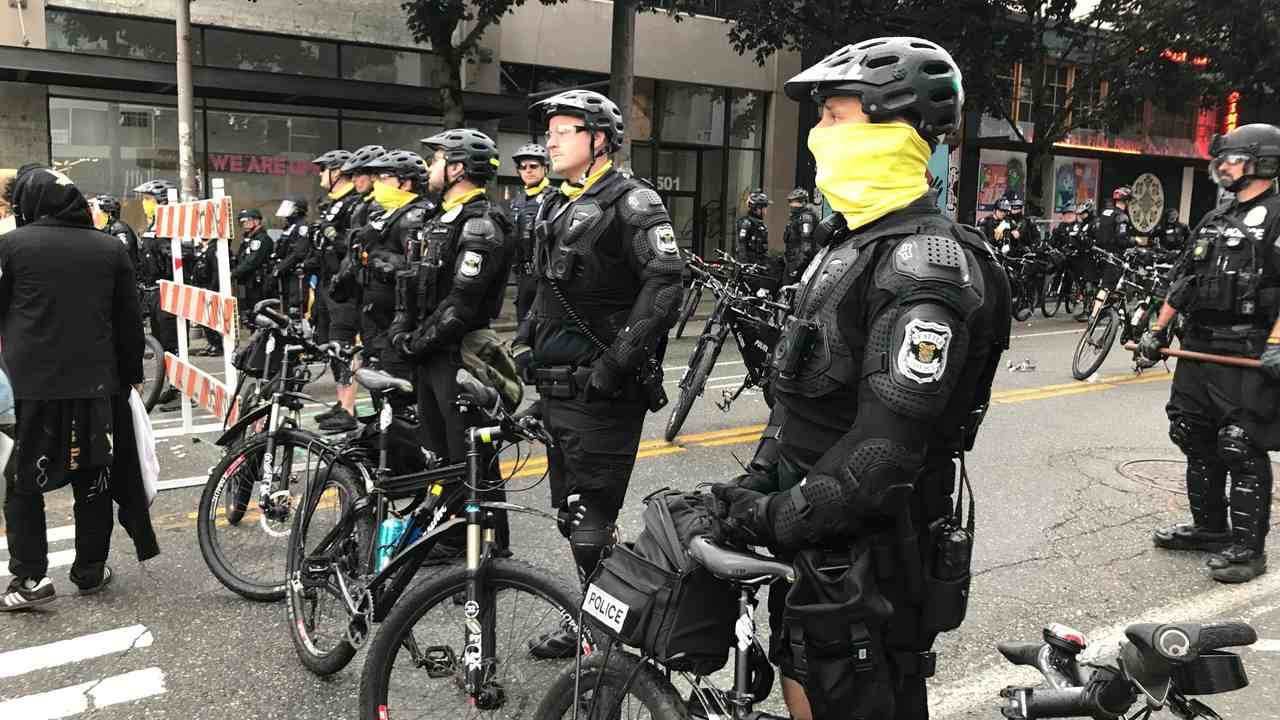 Insane: Seattle Moves to Abolish Entire Police Force