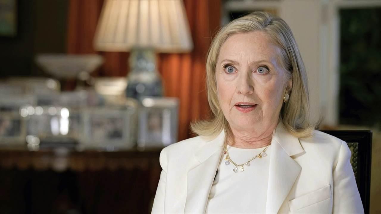President Hillary Clinton Had a 14-Point Lead Too