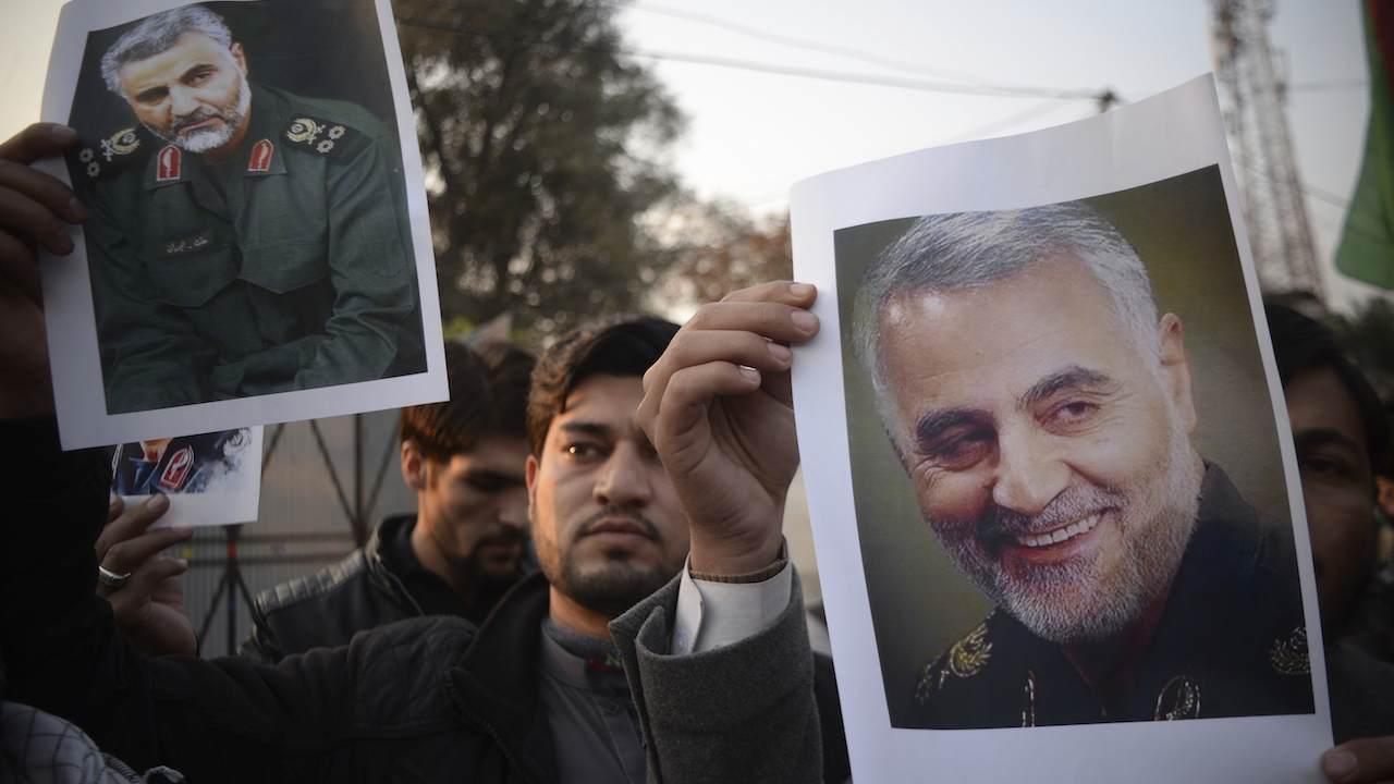 Airstrike kills Iraqi militia as US-Iran tensions escalate