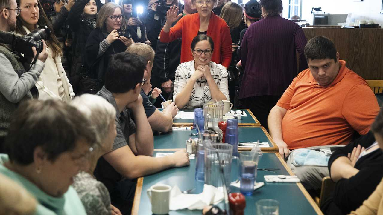 New Hampshire Diner Patrons Not Thrilled to See Warren
