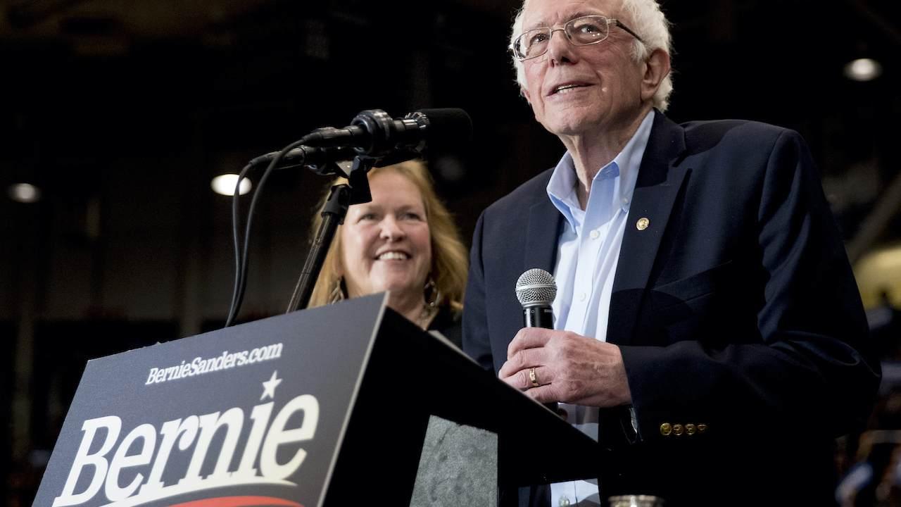 Bernie Has a Really Dumb Reason for Not Wanting a Border Wall