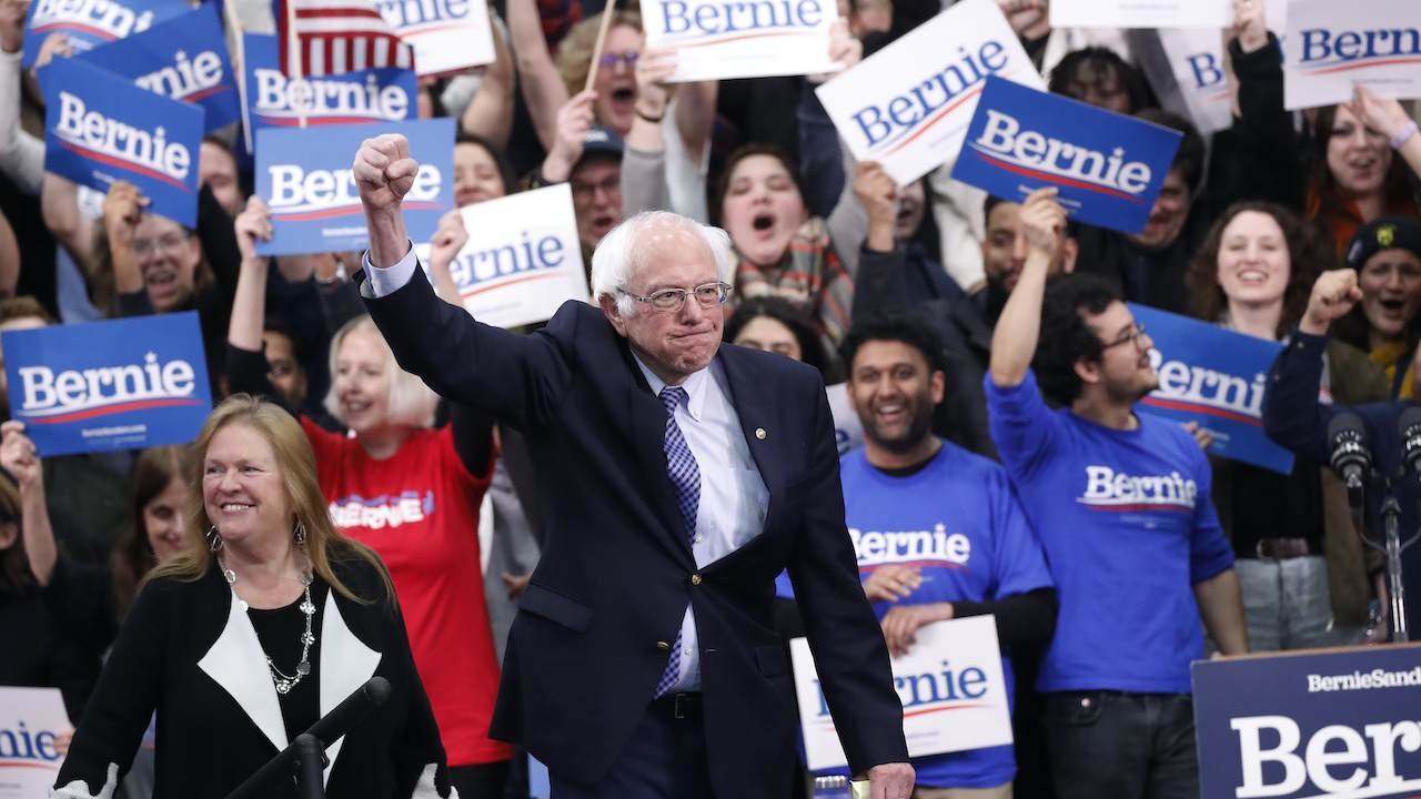 Why the Bernie Sanders Campaign Gives a Hat Tip to Fox News and not MSNBC...It's Very Simple