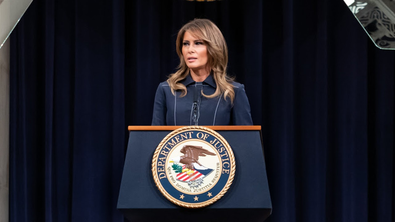 Melania Trump Visits DC Community Supporting Single Mothers and Children as Part of 'Be Best' Campaign
