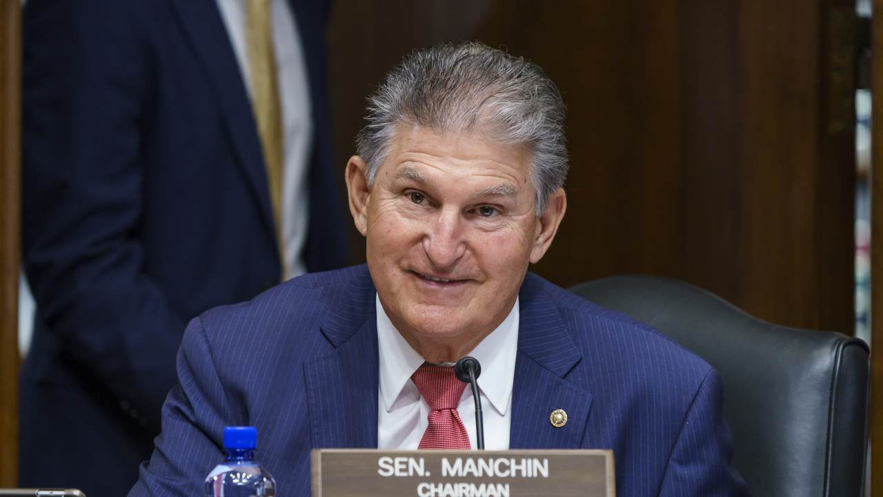 Journalists' Lobbying Fails: Manchin Digs in on Protecting Filibuster