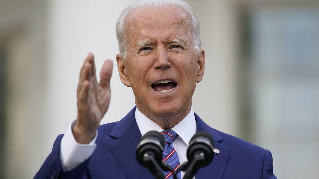 America's Largest Postal Worker Union Has Thoughts About Biden's Vaccine Mandate