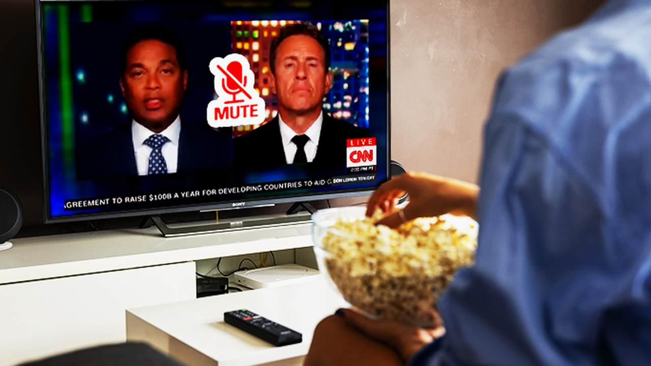 Don Lemon and Chris Cuomo Drive People Away from Vaccinations